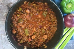 cooked chili in pot